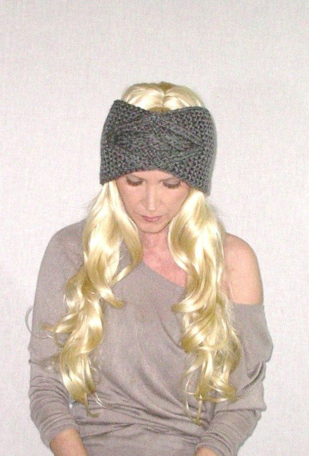 Gray Cable Knit Headband Boho Ear Warmer Soft por BohoFashionShop