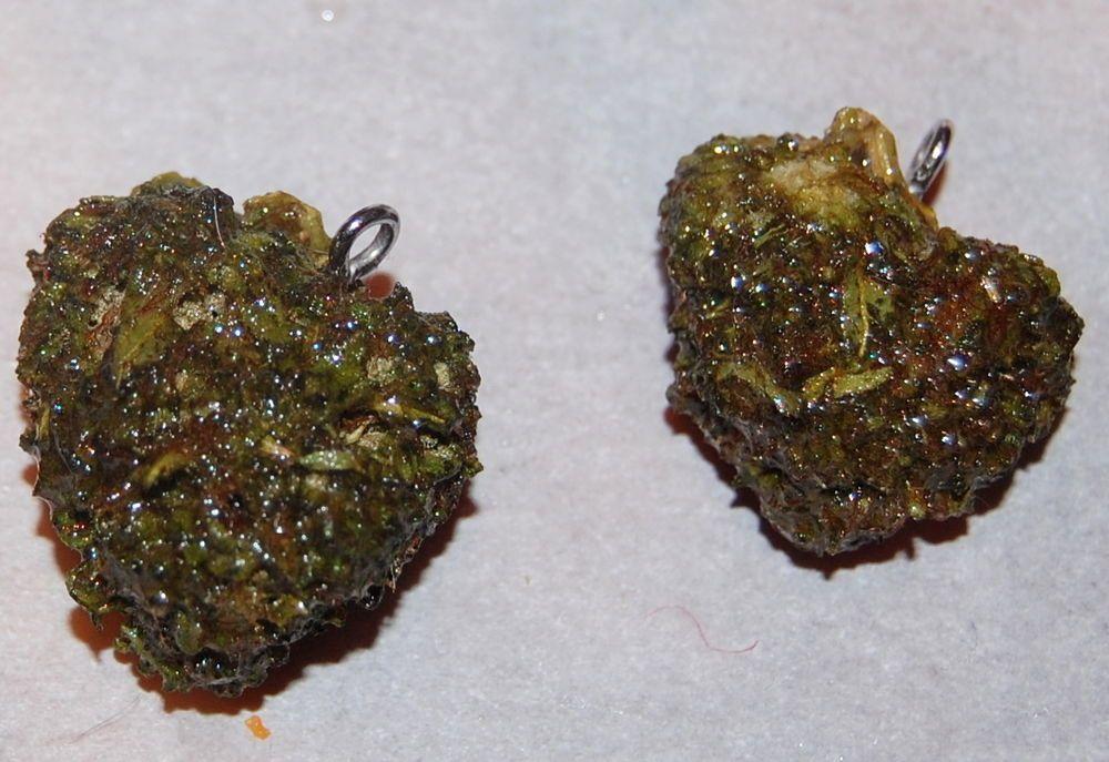 Real Cannabis Pendant in Jeweley Resin Weed Marijuana Jewelry FREE SHIPPING #Handmade #Pendant
