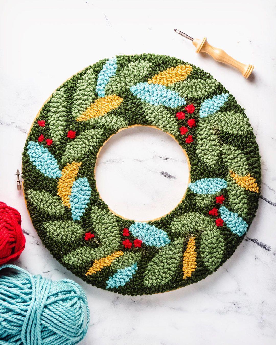 715 Otmetok Nravitsya 19 Kommentariev Sarah Maker Craft Blogger Sarahmaker V Instagram T Punch Needle Patterns Punch Needle Embroidery Punch Needle