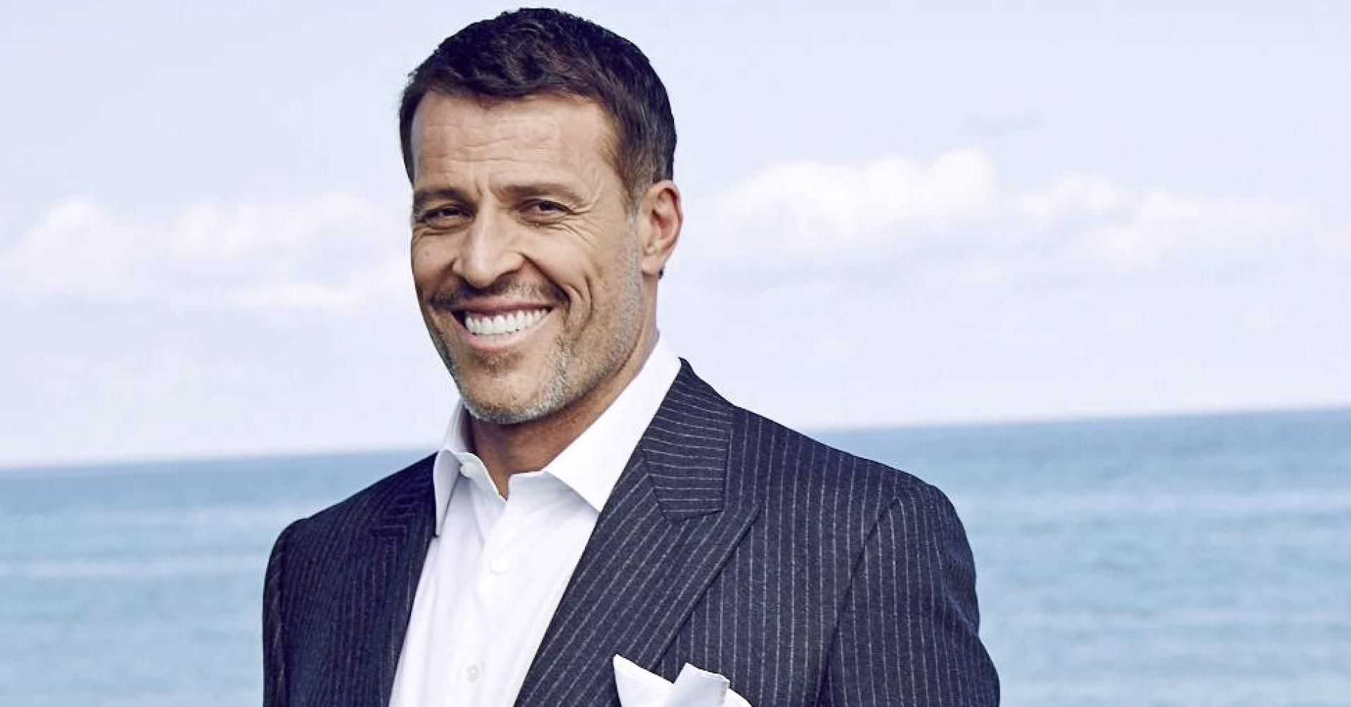 Tony Robbins Shares The 10 Minute Morning Routine That