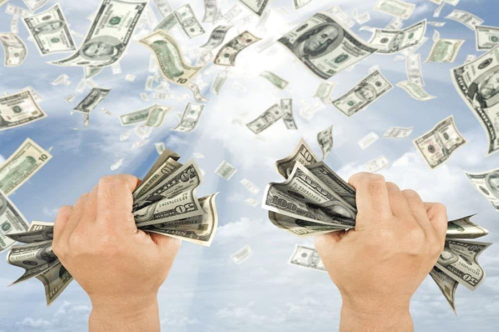 تفسير حلم شخص اعطاني نقود ورقية المال للعزباء في المنام Extra Money Way To Make Money Money Saving Challenge