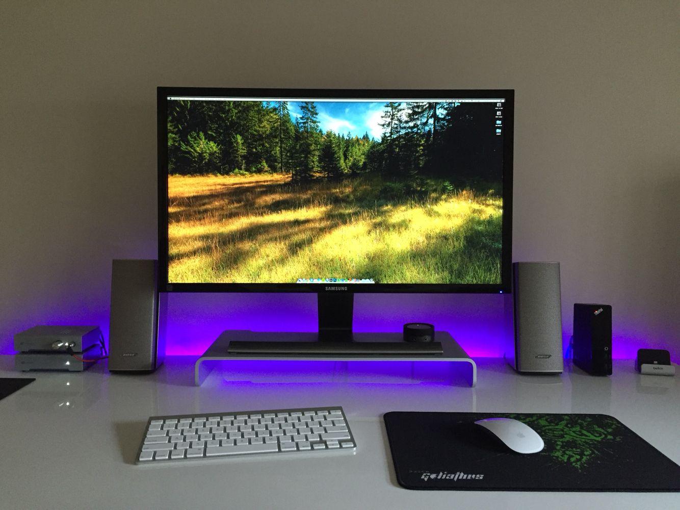 Computer desk setup 2015 v3 macbook pro 15 retina