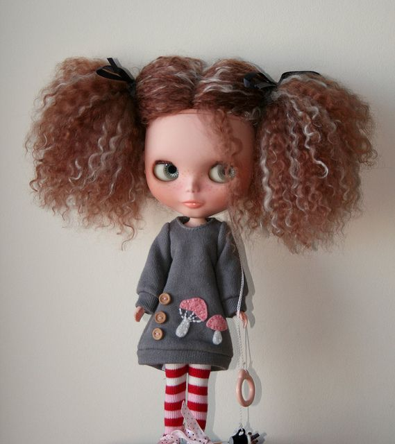 love this dolly.. <3 :D
