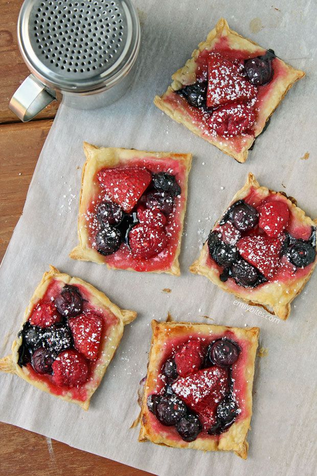 Mixed Berry Puff Pastry Tarts - Emily Bites