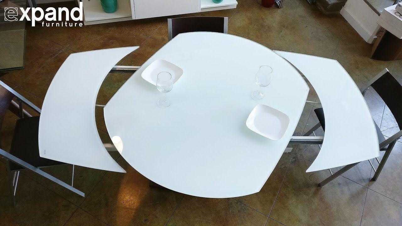 Baobab Round White Glass Extendable Kitchen Table On Wood Base Extendable Glass Dining Table Extendable Kitchen Table Glass Kitchen Tables