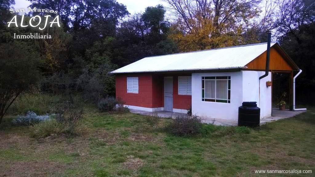 Inmobiliaria Aloja Vende Casa De 2 Dormitorios En Barrio El Rincón San Marcos Sierras Aloja Inmobiliaria Casas En Venta San Marcos Inmobiliaria