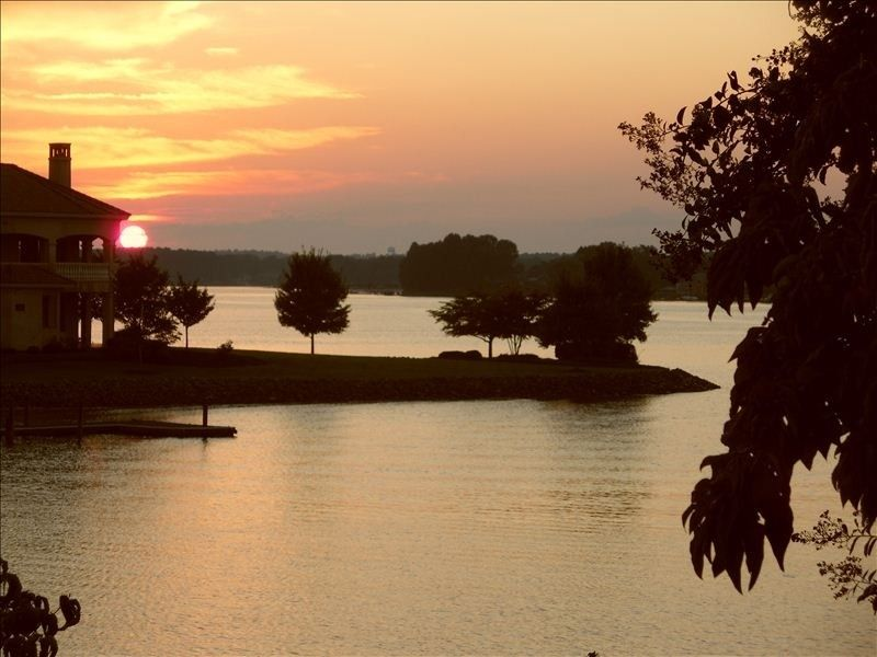 Cottage vacation rental in Mooresville from VRBO.com! #vacation #rental #travel #vrbo