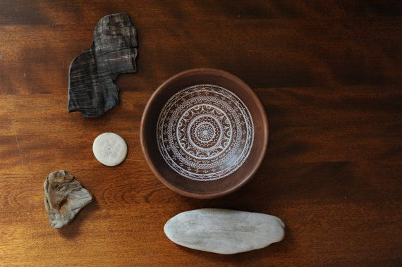 Mandala 4 on wooden bowl by theCircles on Etsy.  EElan photography