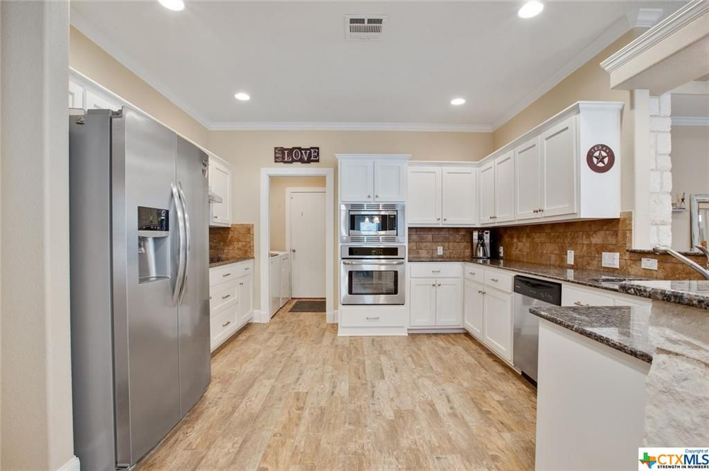 2018 Yturria, Belton, TX 76513 Home for Sale Kitchen
