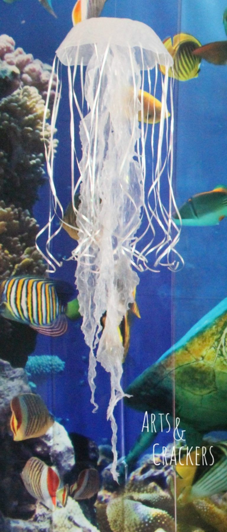 Diy Hanging Jellyfish Decoration Jellyfish Decorations Ocean