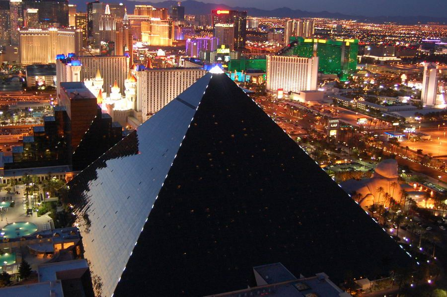 The Triangular Shape Of The Luxor Hotel In Las Vegas Is An Excellent