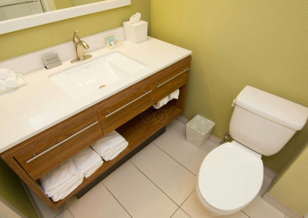 Home 2 Suites Hotel Bathroom Vanities Wood Vanity Base with Three