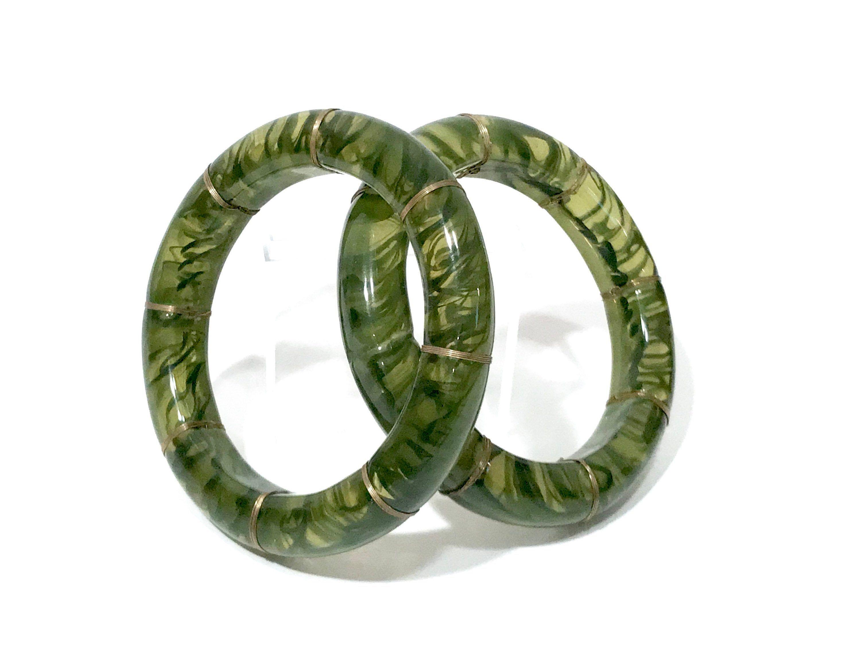 Wide Silver Wire Cuff 15 wires 14 beads Vintage Silverplate Multi-Wire Cuff Bracelet w Green Glass Beads Faux Jade Boho Cuff