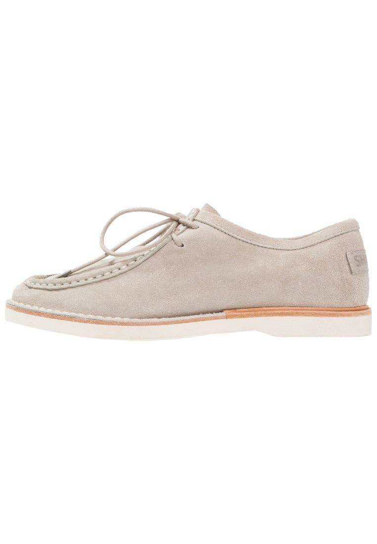 100% autentico be8c2 ca05f Consigue este tipo de zapatos con cordones de SHABBIES ...