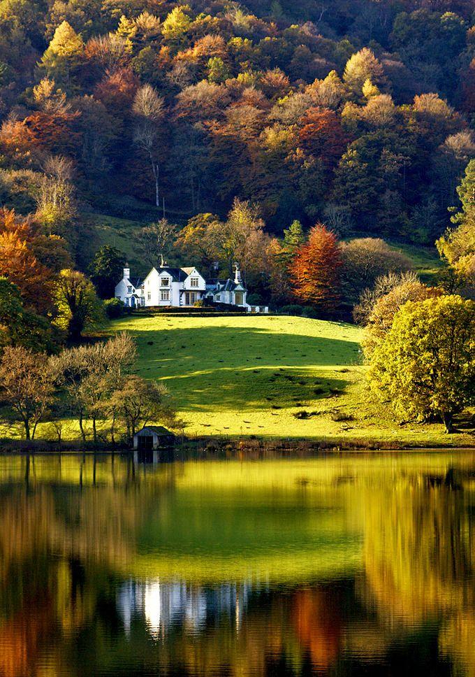 Letslookingattheworldstuff Grasmere Lake Lake District Cumbria England Fuckitandmovetobritain Lake District England Lake District Lake Landscape