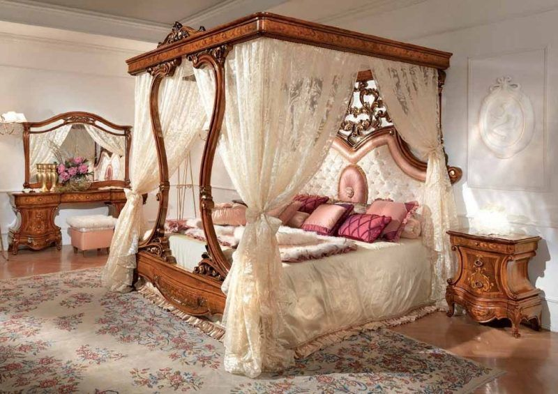 Chambre style baroque ultra chic en 37 id es inspirantes lit baldaquin lit baldaquin for Lit baldaquin luxe