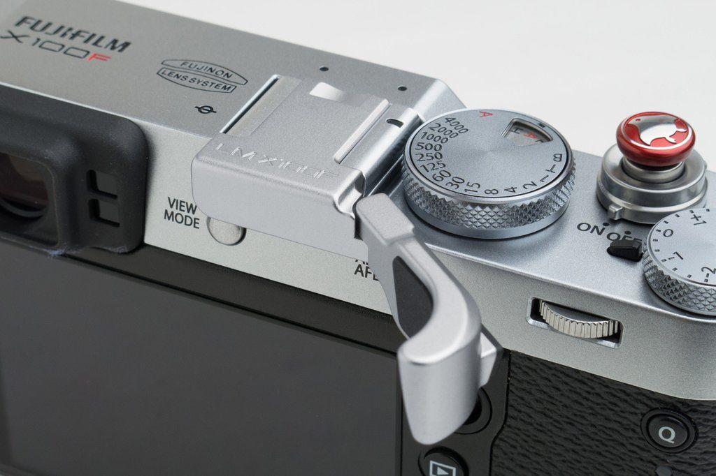 Fujifilm X100F Thumbrest Silver | FujiFan | Fujifilm