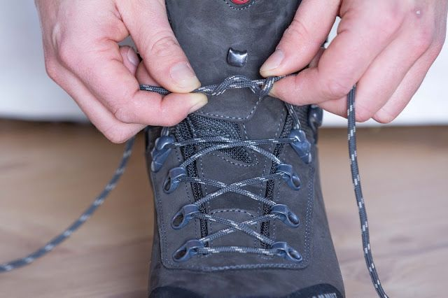Schnür-Tutorial | Wanderschuhe, Wandern, Schnürsenkel binden