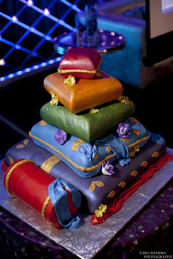 Cushion cake - For all your cake decorating supplies ...