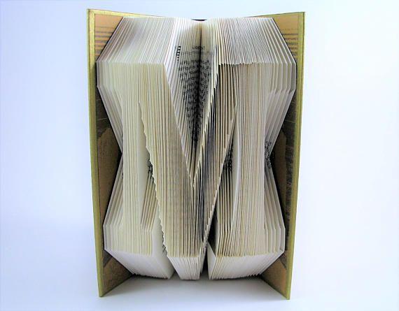 livre pli personnalisable lettre de l 39 alphabet folded books livres pli s pinterest. Black Bedroom Furniture Sets. Home Design Ideas
