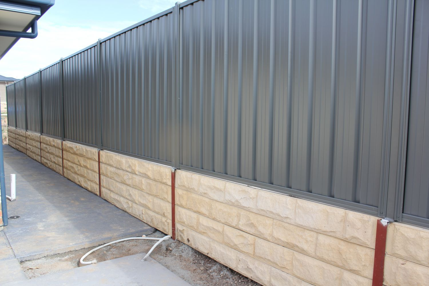 Patterned Sleeper Retaining Wall With Good Neighbour