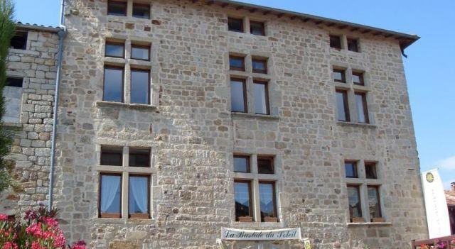 La Bastide Du Soleil - 3 Star #Hotel - $88 - #Hotels #France #Vinezac http://www.justigo.net/hotels/france/vinezac/la-bastide-du-soleil_53438.html