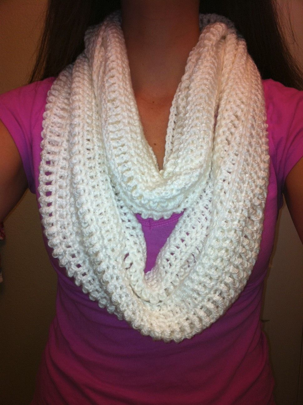 White Crochet Cowl #freepattern | Crocheting | Pinterest | Blusas ...