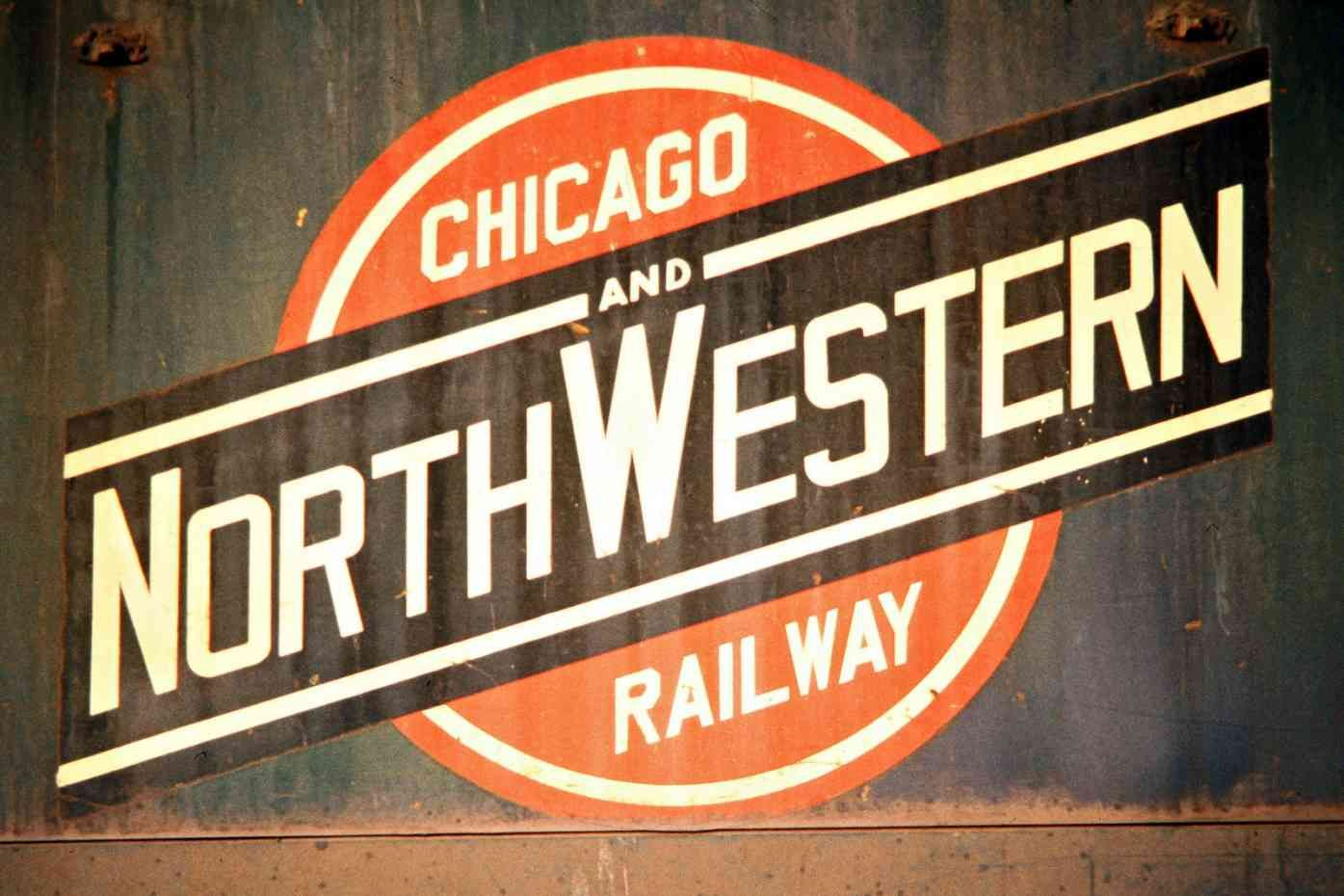 Cnw escanaba michigan 1973 railroad photography