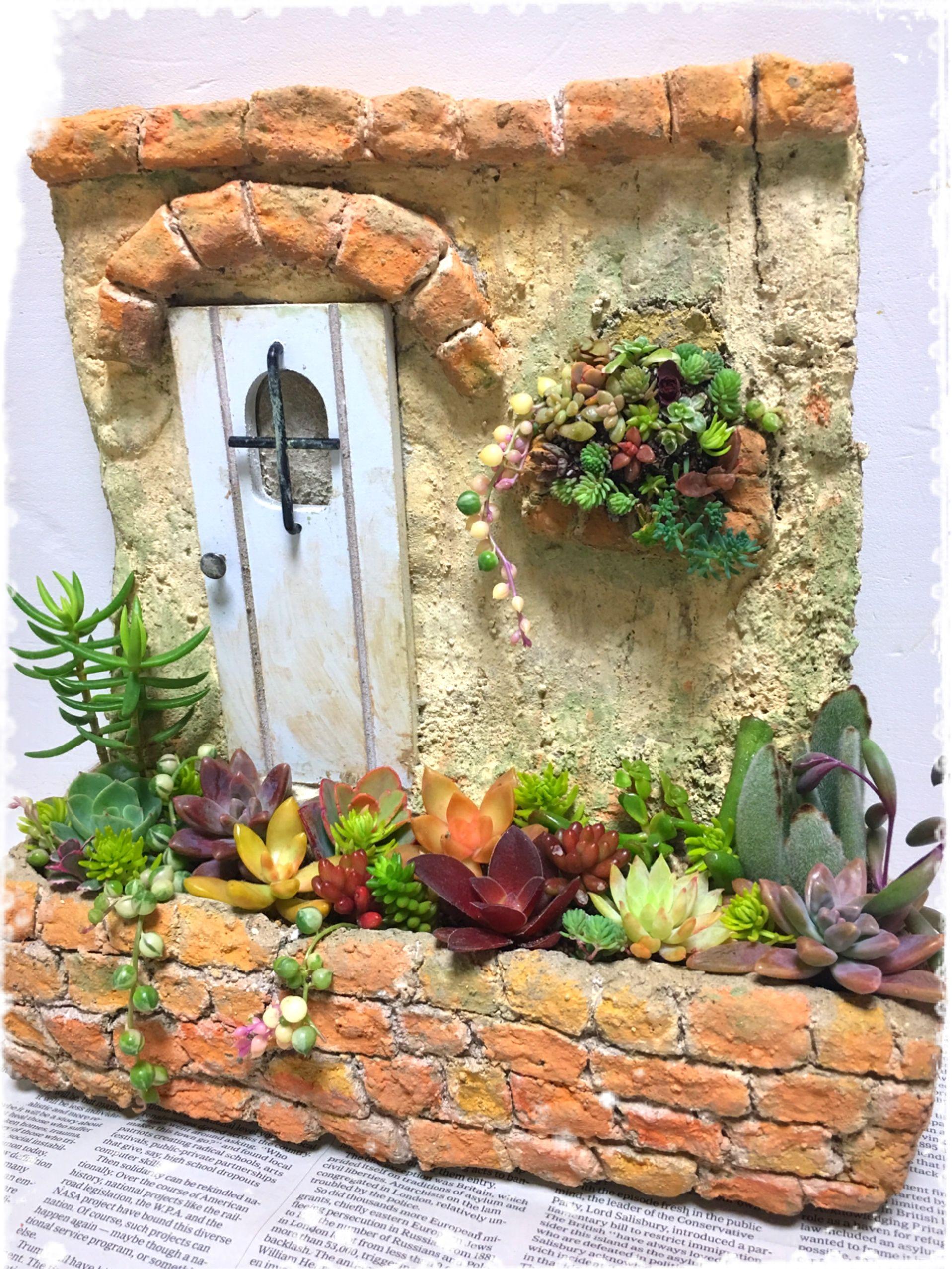 つちだまで作った壁型多肉鉢 ガーデンアート ガーデン