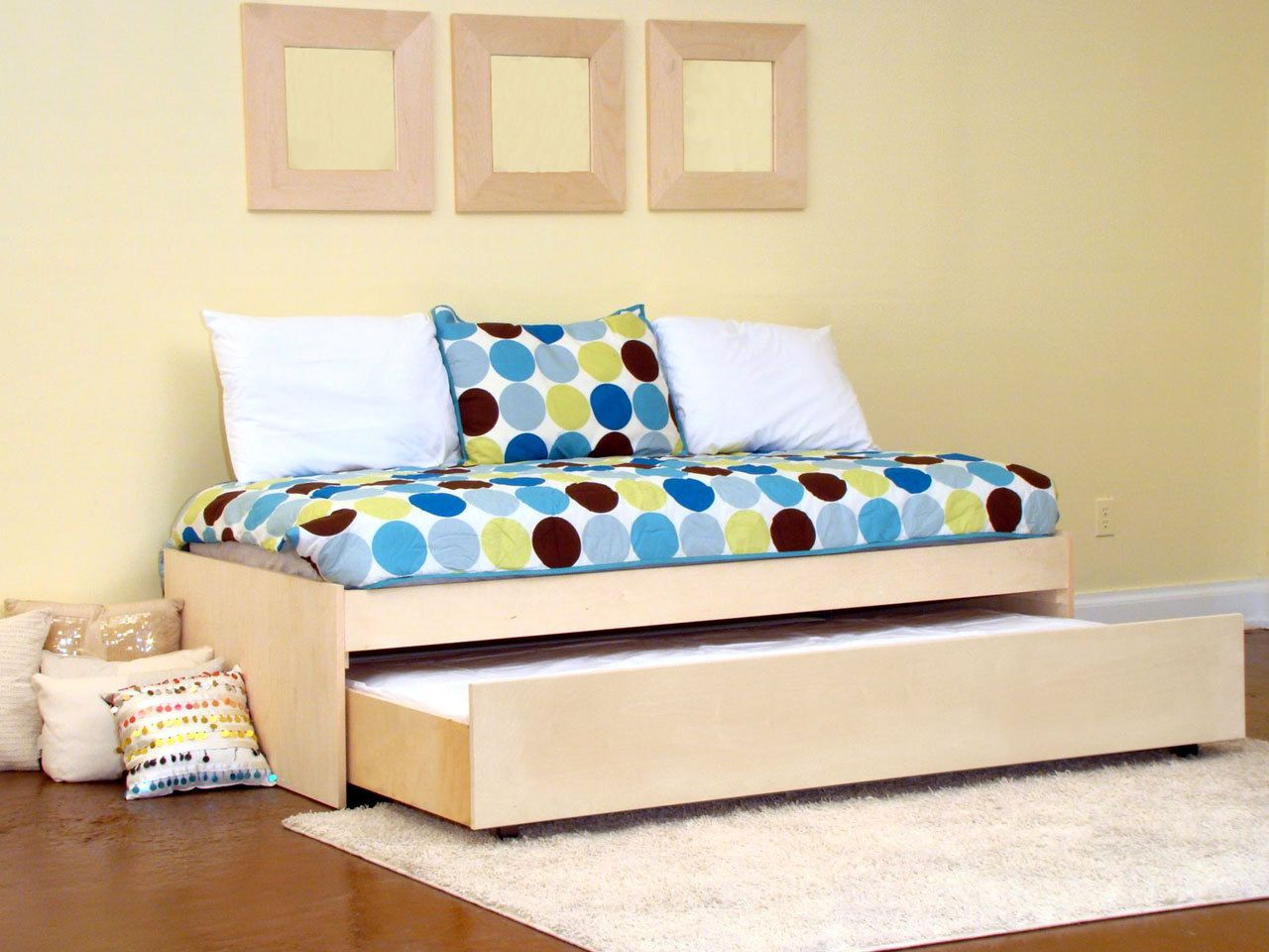 Bust Of Fresh Decor Modern Trundle Beds For Space Saving Bedroom