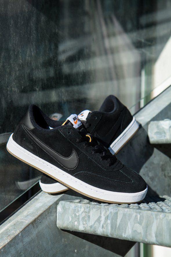 a0b73b41986 Nike SB - Nike SB FC Classic