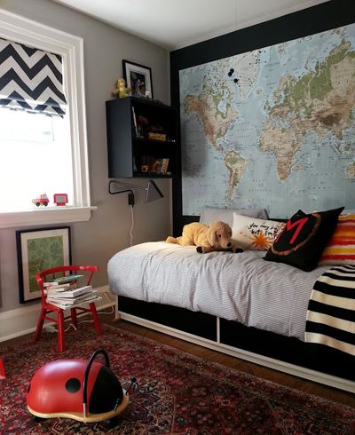 Wall Map And Window Treatment I Want To Do This For My Boys Room