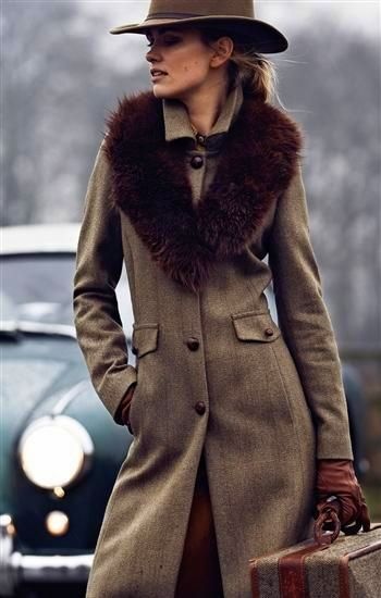 Beautiful Tweed Coat Would Look Great With One Of Our Rowallan Leather Satchels Www Youniqueuk Co Uk Fashion English Country Fashion Country Outfits