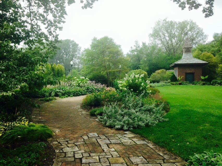 The English Garden at Wellfield Botanic Garden, Elkhart, Indiana ...