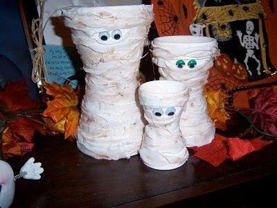 Maceteros decorados de momias