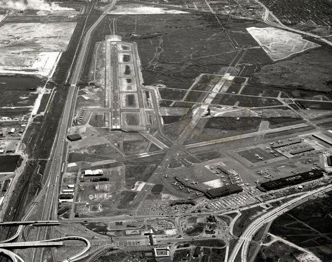 Newark Airport In The 1950s Newark Airport Airport Aviation