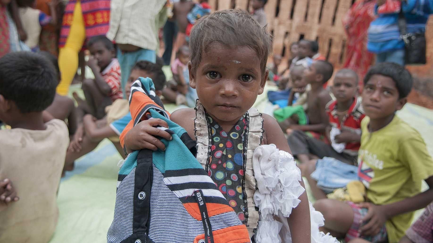 kolkata october 26 a girl child Donate clothes charity