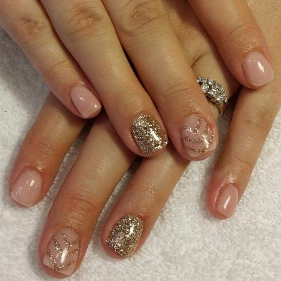 nude pink gel nails with gold glitter nails by me pinterest nagelschere. Black Bedroom Furniture Sets. Home Design Ideas
