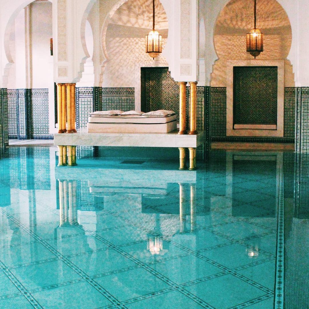 Guide to MOROCCO coming soon on the blog ✨ • • • • • #travel #instatravel #travelgram #tourism #instago #passportready #travelblogger #wanderlust #adventure #explore #ilovetravel #morocco #marrakech #vsco #vscocam #wander #followmeto #followme #wanderer #photooftheday #instagood #getlost #travelblog #blog #travelwriter