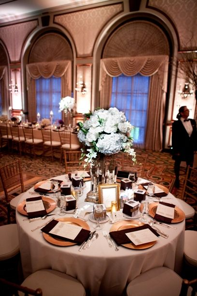Champagne Linens Gold Chargers Burgundy Napkins