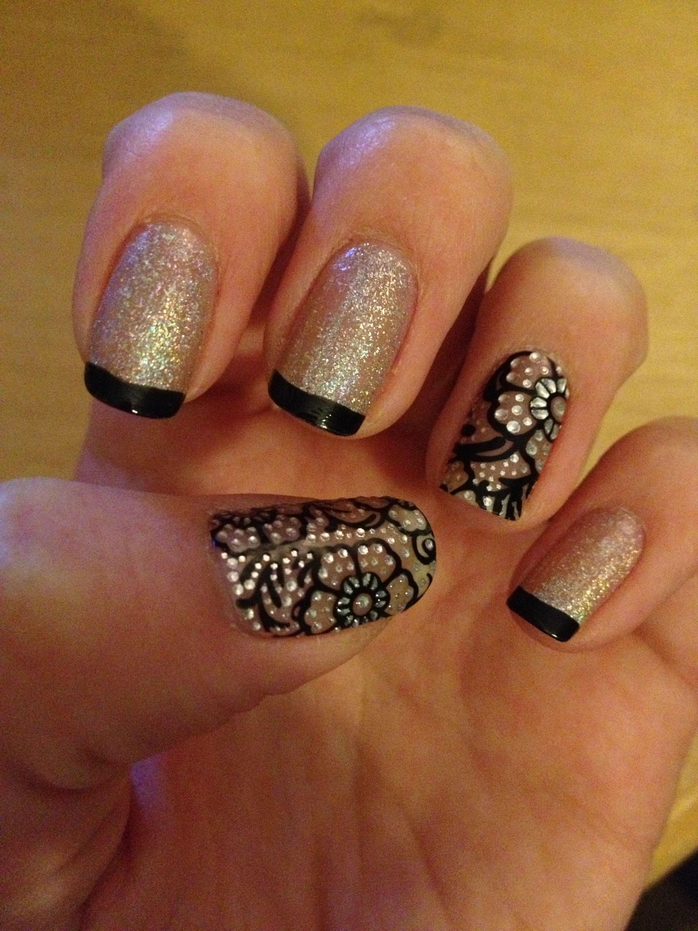Decals from Dashing Diva<3 | nails,nails,nails | Pinterest | Diva ...