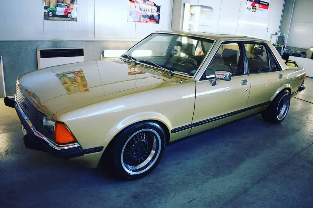 Uzasny Sluzebni Vuz Pana Cowleyho Z Profesionalu Ford Granada