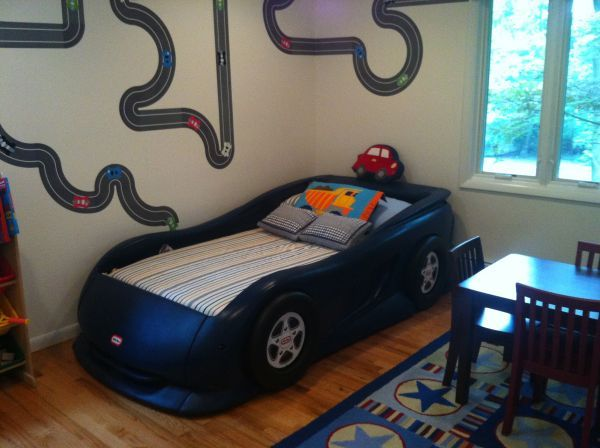 Little Tikes Blue Car Bed: Little Tikes Blue Race Car Bed Twin-Size
