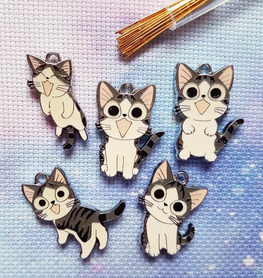 Cute Kawaii Cat Needle  Minder For Cross Stitch// Embroidery