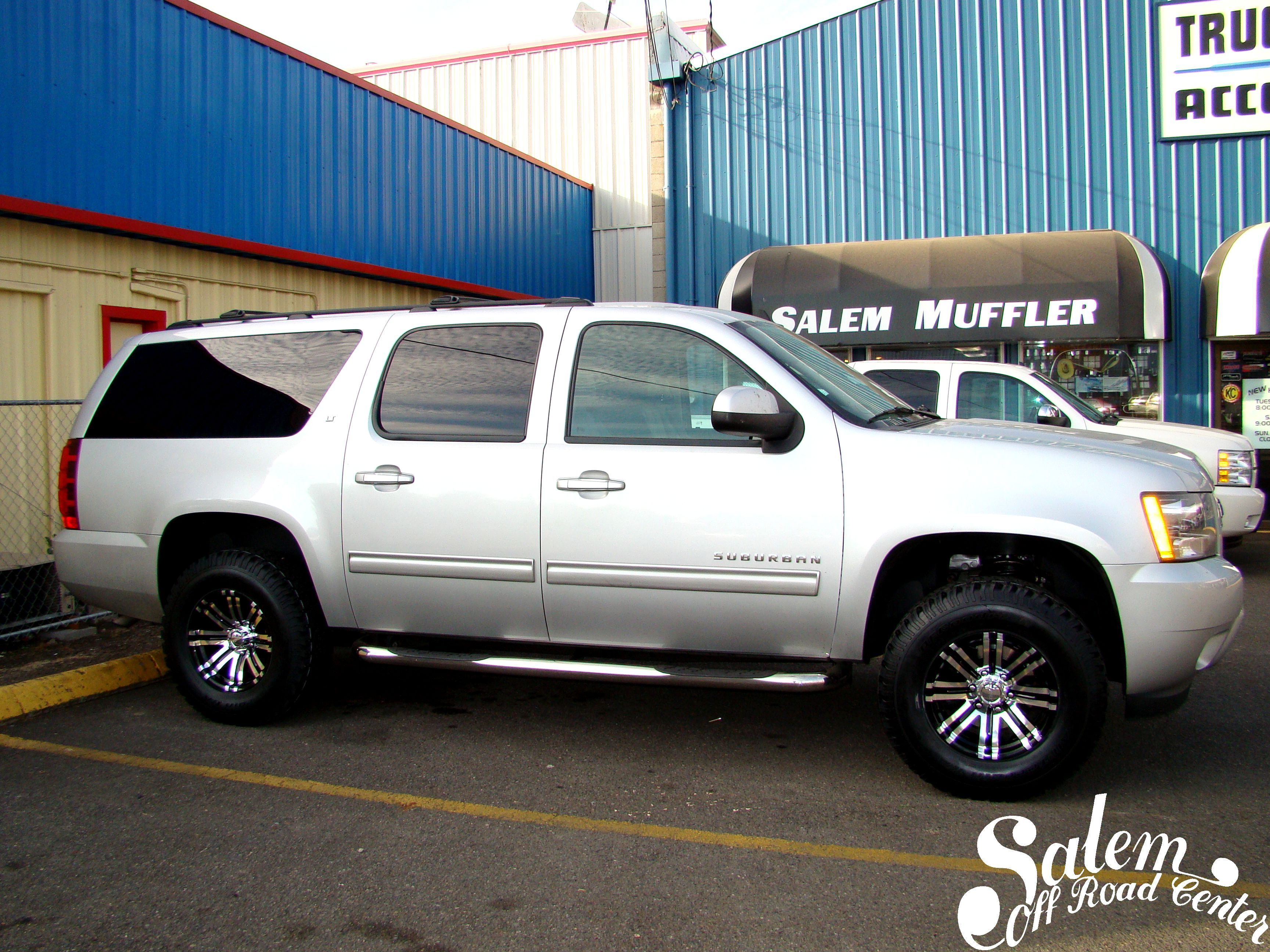 A 2010 Chevy Suburban With 2 5 Rancho Quick Lift Struts And