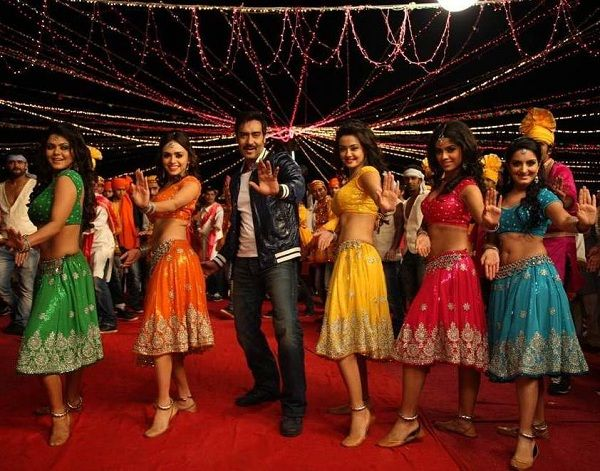 Himmatwala S Dhoka Dhoka Item Song Video Out Indian Celebrities Songs Romance Film