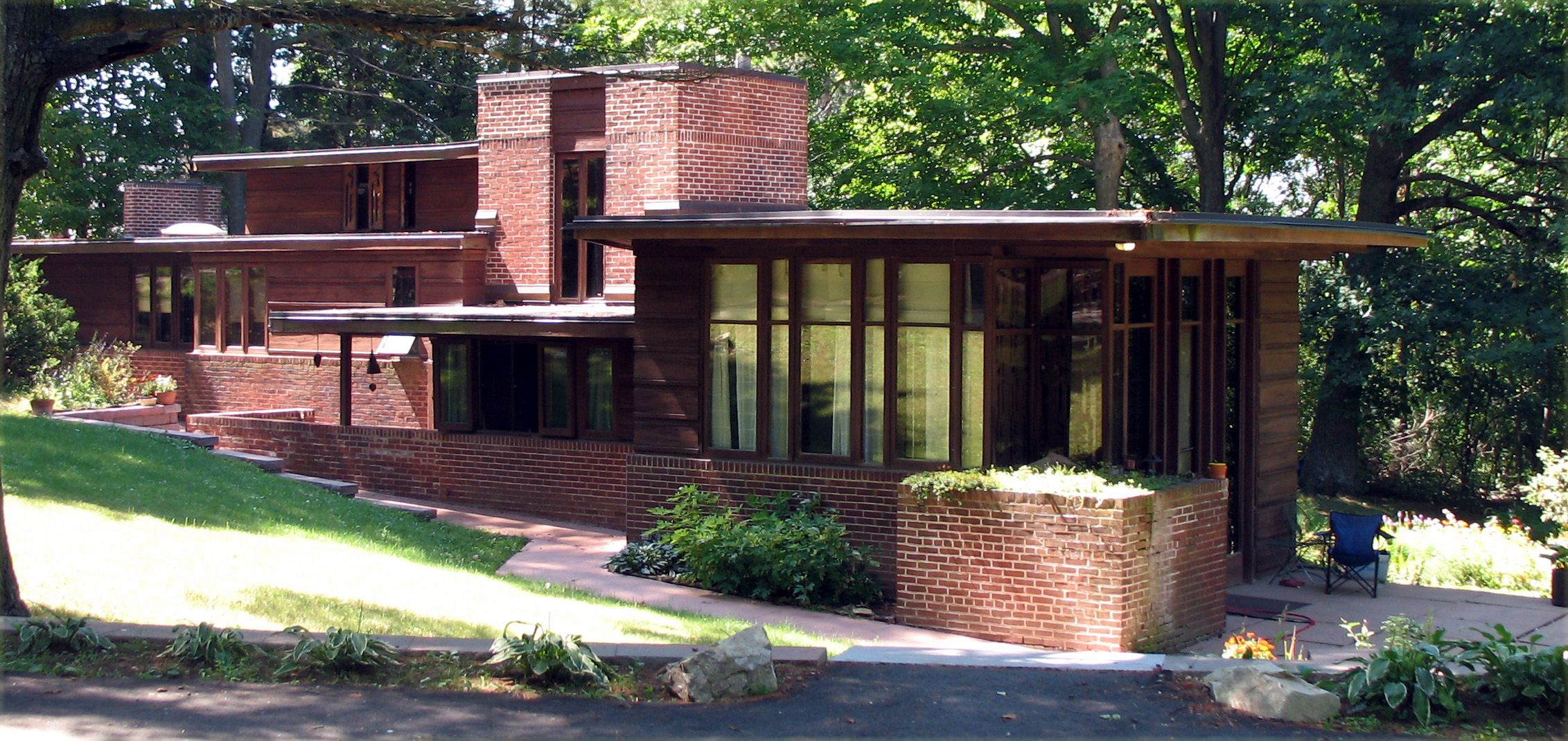 Frank Lloyd Wright Style House Charles Lmanson House  Wikipedia The Free Encyclopedia  Frank