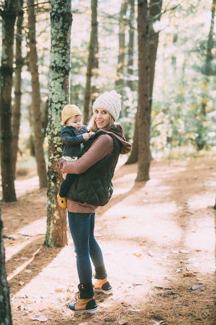 Mom Style // Morning Hikes - Lynzy & Co. | Stylish mom ...