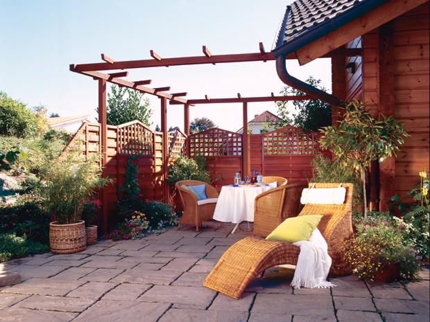 Diverse Sonnenliegen Und Andere Gartenmöbel Findet Ihr Bei BAUHAUS.