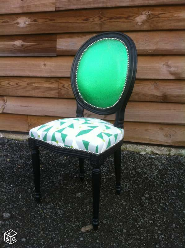 Carcasse chaise médaillon style Louis XVI Tapisserie sièges et